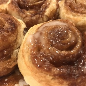 Weeknight Cinnamon Rolls